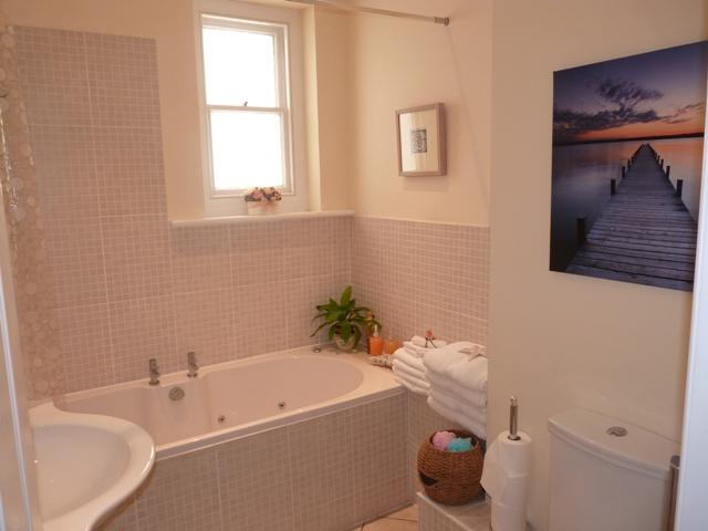 Cavendish bathroom