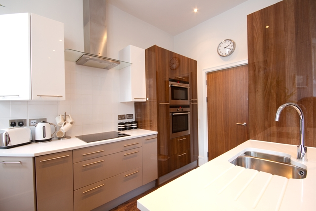 Gresham House 2-bed - kitchen