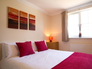 Second double bedroom in short stay flat