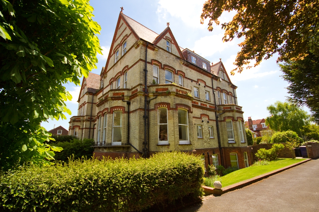 Furnished Accommodation Near Eastbourne College In Lower Meads