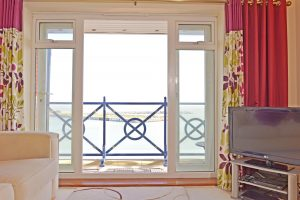 Harbour Lookout - Accommodation Eastbourne - short stay apartment in Sovereign Harbour