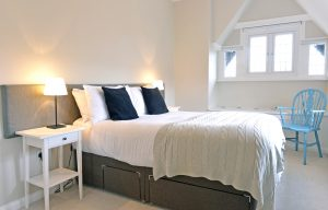 Coachman's Cottage - serviced accommodation in Eastbourne