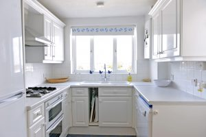 Beach Cottage - Accommodation Eastbourne - beach cottages in Pevensey Bay